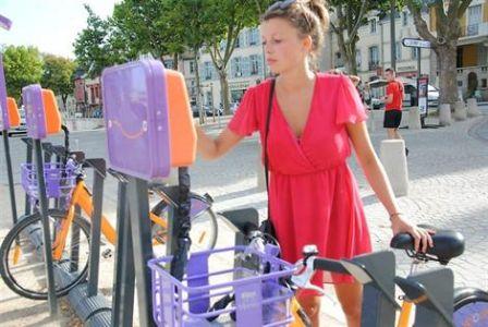 """Ouest-France : """"Vannes. Vélocéa, les vélos en libre-service, font grincer des dents"""""""